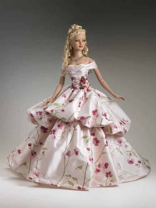 Платья для кукол своими руками фото самые красивые